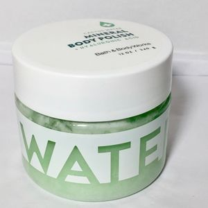 CACTUS WATER Hyaluronic Acid Mineral Body Polish